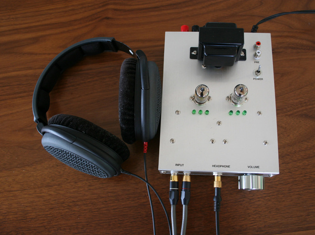 408AheadphoneAmp.jpg